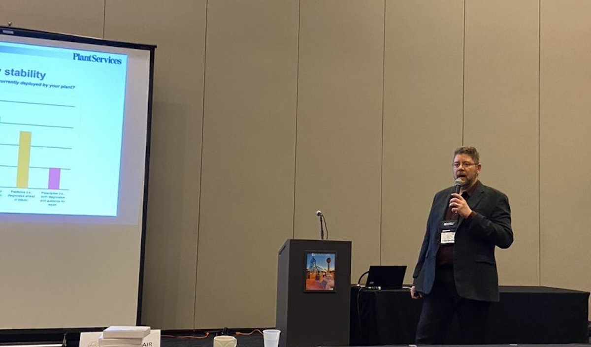 Tom Wilk presenting at MARCON 2020
